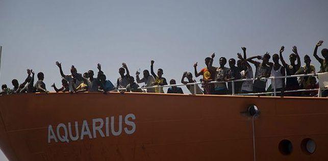 rescatadas-Aquarius-embarcacion-Foto-EFE_EDIIMA20180803_0747_19